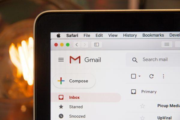 image representing increasing email click-through rate